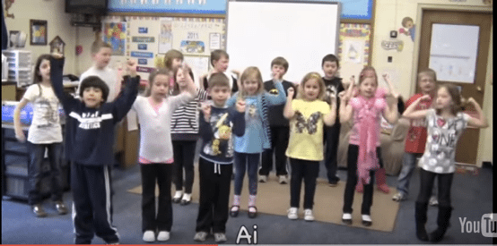 use songs and singing to teach reading