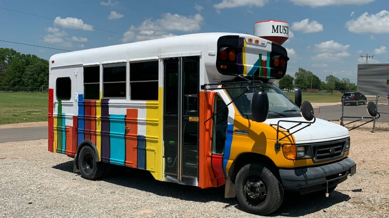 Oklahoma Book Bus Brings Reading to Kids Over the Summer