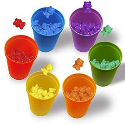 Colored cups with corresponding colored small bears.