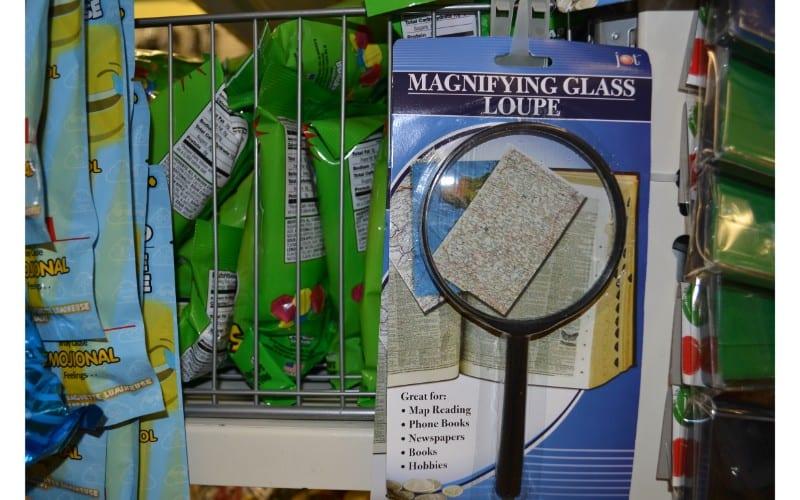 Magnifying class dollar store hacks