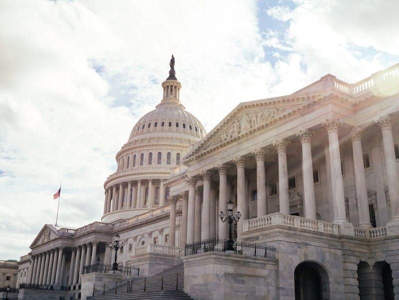 Picture of the capitol building in Washington DC in article about planning field trip fundraising