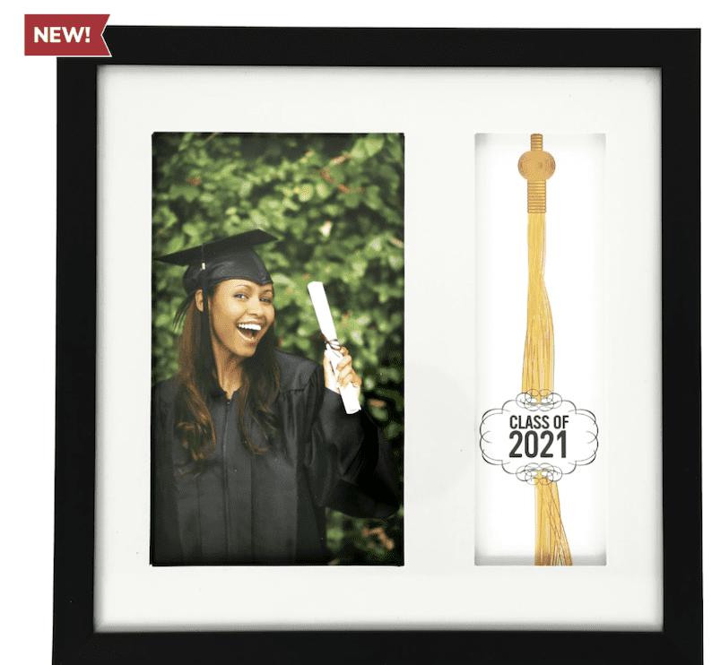 A photo frame for high school graduates.