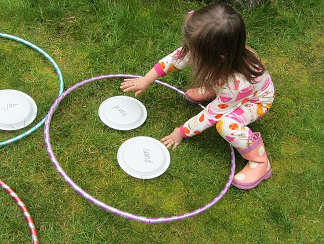 Kinesthetic Reading Activities Find and Rhyme