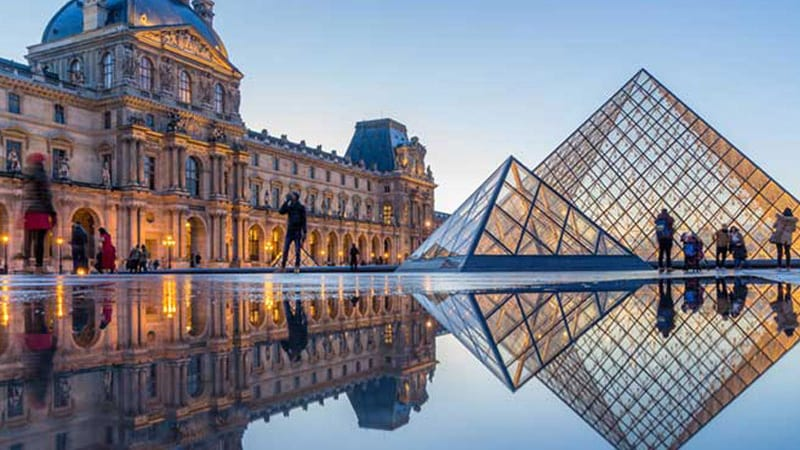 The Louvre art museum virtual field trips