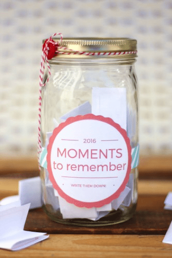 End of Year Memory Jar- 8 K-5 Projects to Capture End of the Year Memories