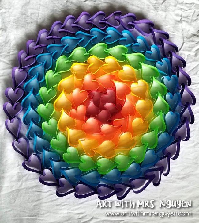 Rainbow chain hearts