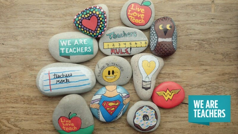 Painted Rocks Are Showing Up All Over The Country As A Way To Pay It Forward Unsuspecting Stranger Concept Is Simple Paint Rock With Fun Or