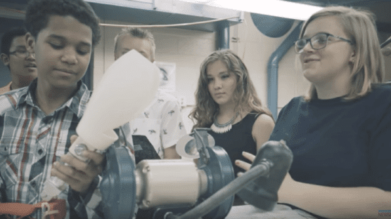 This Group of Eighth Graders Brilliantly Designed a More Comfortable Prosthetic