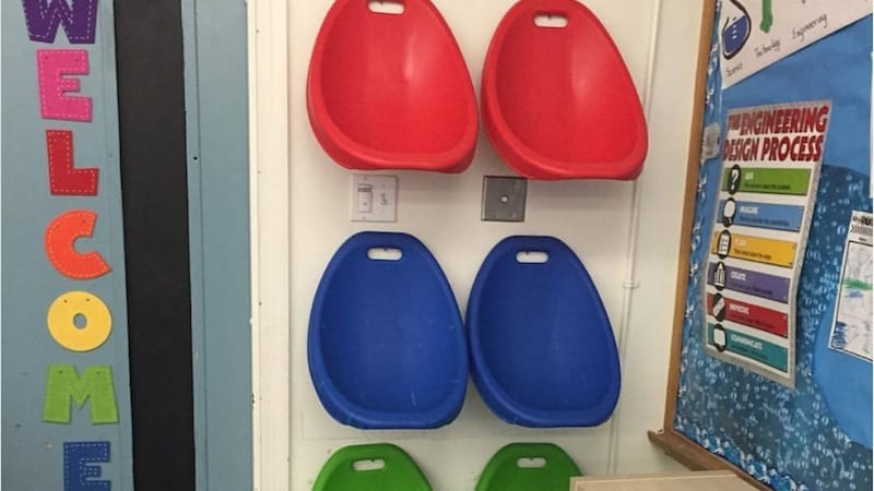 teachers are freaking out over these scoop rockers