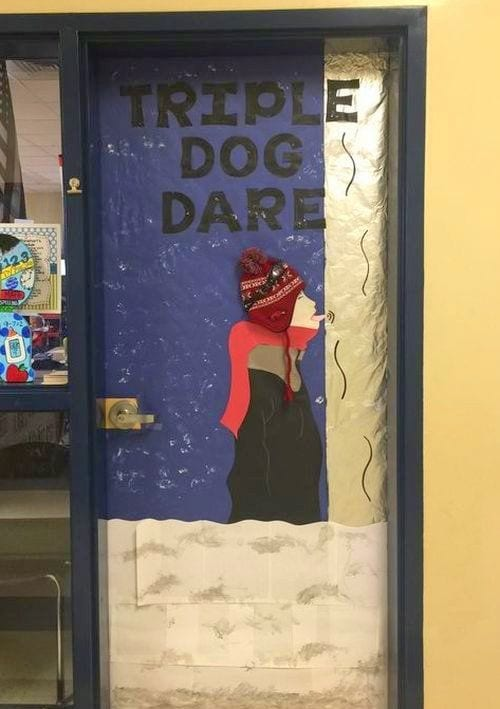 45 Amazing Ideas For Winter And Holiday Classroom Doors