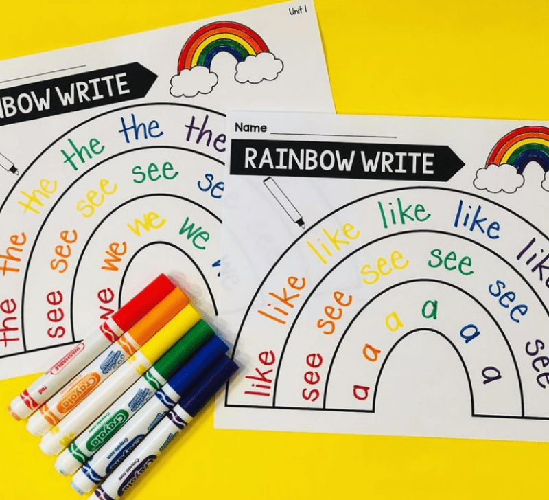 Write words with rainbow colors