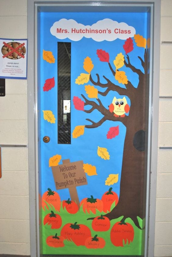 Back-to-School Autumn Theme & 35 Awesome Classroom Doors For Back-To-School