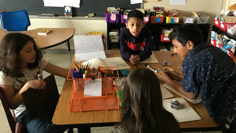 classroom_desks_group_discussion
