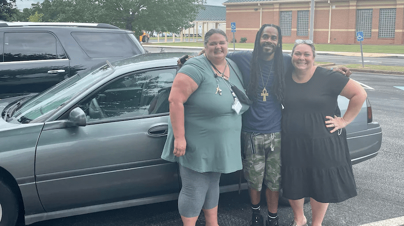 Acts of Kindness at School: These Teachers Bought a Custodian a Car