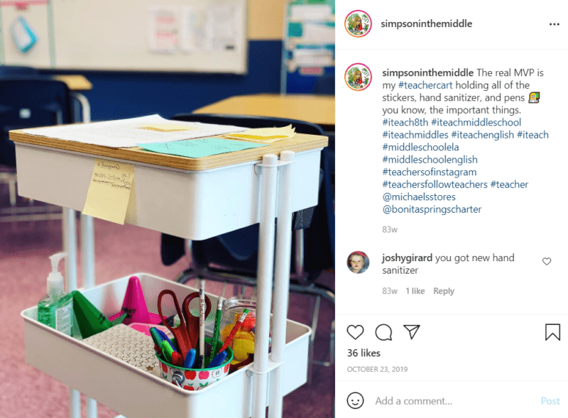 White teacher cart with wood on top to become a desk in a classroom