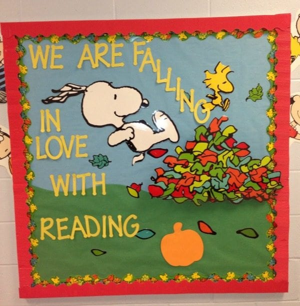 Fall Reading Bulletin Board