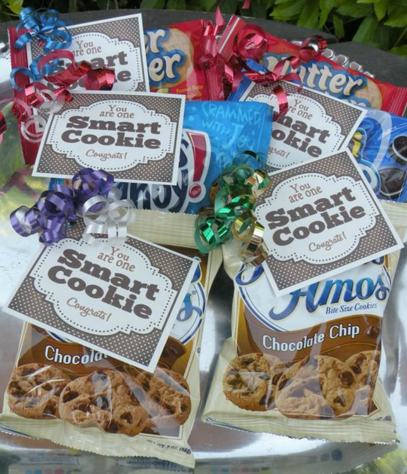 Cookie pack with you are one smart cookie note as a student gift