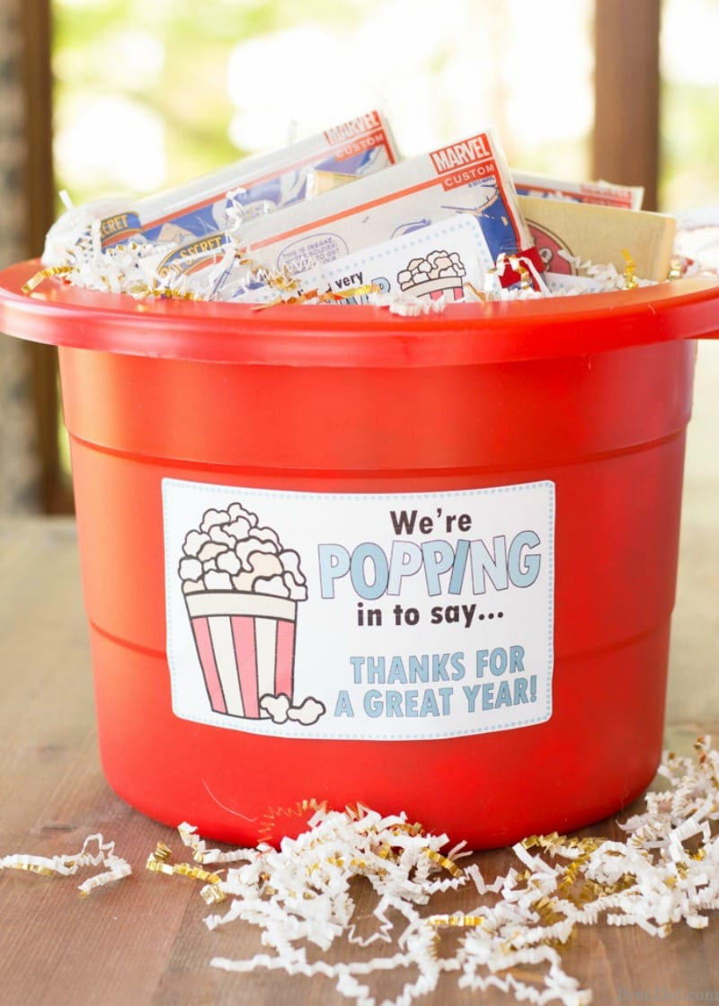 Pop corn gift for students in bucket