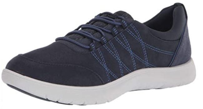 Clarks lace-up sneakers in navy blue with white sole (Best Teacher Soles)