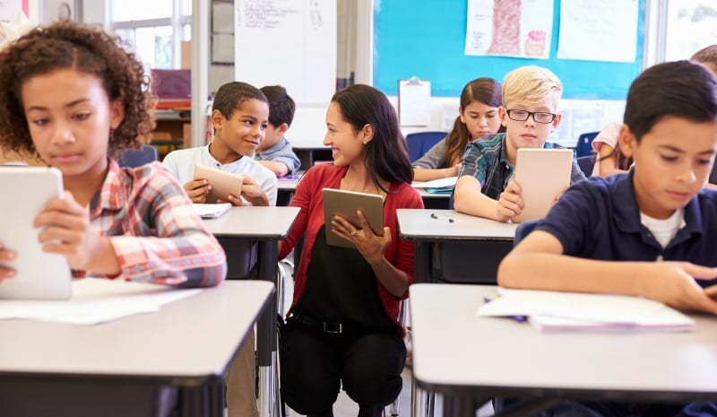 5 Teacher Secrets for Managing the One-to-One Classroom