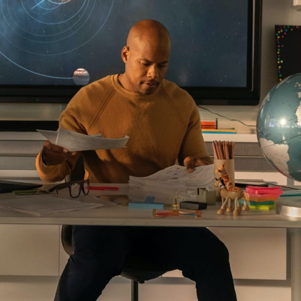 Verizon teacher at desk